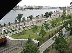 The area of the Buda Castle Bazaars and Garden from above, from the top of the escalator - Budapešť, Maďarsko