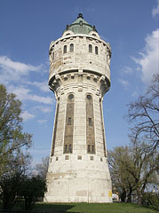 The Water Tower is now a listed building, it was built in 1912 - Budapešť, Maďarsko