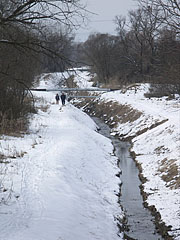 "The Szilas Stream (""Szilas-patak"") in winter - Budapešť, Maďarsko"