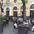 The terrace of the Szindbád Restaurant and Wine Bar - Cegléd, Maďarsko