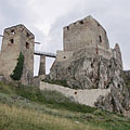 The ruins of the medieval Castle of Csesznek at 330 meters above sea level - Csesznek, Maďarsko
