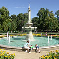 The great fountain in the Érsekkert park - Eger, Maďarsko