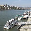 The Danube River at Budapest downtown, as seen from the Pest side of the Elisabeth Bridge - Budapeşte, Macaristan