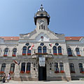 The Art Nouveau (secessionist) style Town Hall (the building includes the City Court as well) - Ráckeve, Macaristan