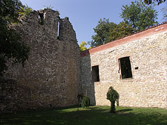 Ruins of the Franciscan church (the western and northern facades) - Budapest, Hongrie