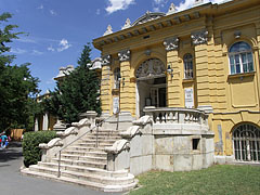 The entrance of the spa - Budapest, Hongrie
