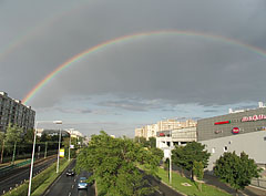 Double rainbow over the Kerepesi Road - Budapest, Hongrie
