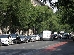 "A smaller ""traffic jam"" on the Andrássy Avenue - Budapeszt, Węgry"