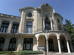 The main facade of the Stefania Palace - Budapeszt, Węgry