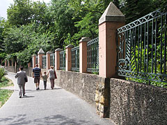The fence of the Budapest Zoo - Budapest, Ungarn