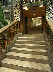 Stairs up to the next floor - Budapest, Ungarn