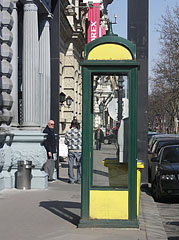 A telephone booth beside the House of Terror Museum - Budapest, Ungarn