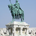 """Statue of Saint Stephen I (in Hungarian """"Szent István""""), the first king of Hungary at the Fisherman's Bastion - Budapest, Ungarn"""