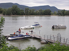 Speedboat harbor on River Danube, the other side of the river is the Szentendre Island - Göd, Ungarn