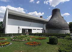 The Thermal Spa and Open-Air Bath of Jászberény, opened in 1964 - Jászberény, Ungarn