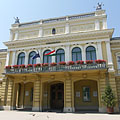 "The yellow two-storey City Hall (in Hungarian ""Városháza"") building of Nyíregyháza - Nyíregyháza, Hongarije"