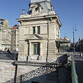 "Former customs house at the Pest side of the Liberty Bridge (""Szabadság híd"") - Budapest, Ungarn"
