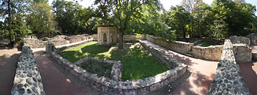 ××Margaret Island (Margit-sziget), Ruins of the St. Margaret Abbey - Budapest, Ungarn