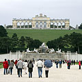 The view of the Gloriette and the Neptune Fountain from the palace - Wien, Österrike