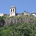 The medieval Füzér Castle on the rocky and steep castle hill - Füzér, هنغاريا