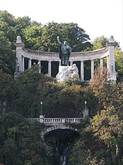 Statue of St. Gerard Sagredo bishop (in Hungarian: Szent Gellért) with the waterfall - Budapest, Hungary