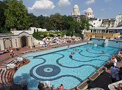 Open-air wave pool - Budapest, Hungary
