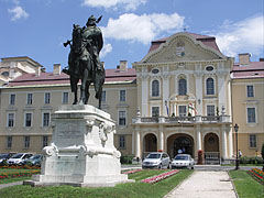 Equestrian statue of Coloman Prince of Galicia-Lodomeria (1208-1241) at the Szent István University of Gödöllő - Gödöllő, Hungary