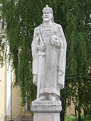 Statue of St. Stephen (King Stephen I of Hungary) - Hatvan, Hungary
