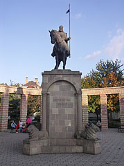 Statue of St. Stephen, king of Hungary - Mátészalka, Hungary