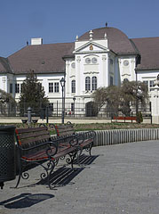 Square with benches near the Forgách Mansion - Szécsény, Hungary