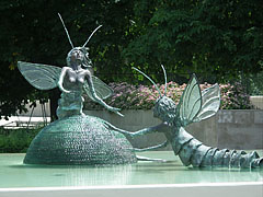"""Mating dance of the mayflies"" or ""Tisza mayfly couple"" sculpture and fountain in the park - Szolnok, Hungary"