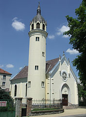 The Lutheran church of Szolnok was designed based on the castle church of Wittenberg, Germany - Szolnok, Hungary