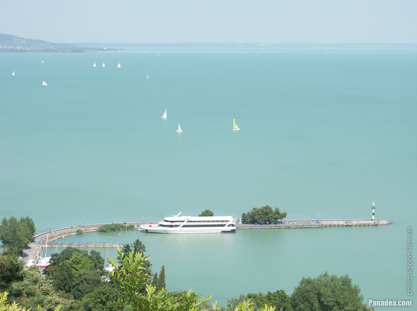 Panadea Gt Travel Guide Photo Gallery Lakeshore Of